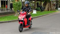 Motor Listrik Modal Rp 8.000 Bisa 100 km, Bagaimana Vario Cs?