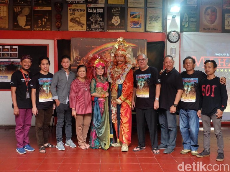 Artistik Lakon Mahabarata Teater Koma Gunakan Teknik Seperti Film Foto: (Agnes/detikHOT)