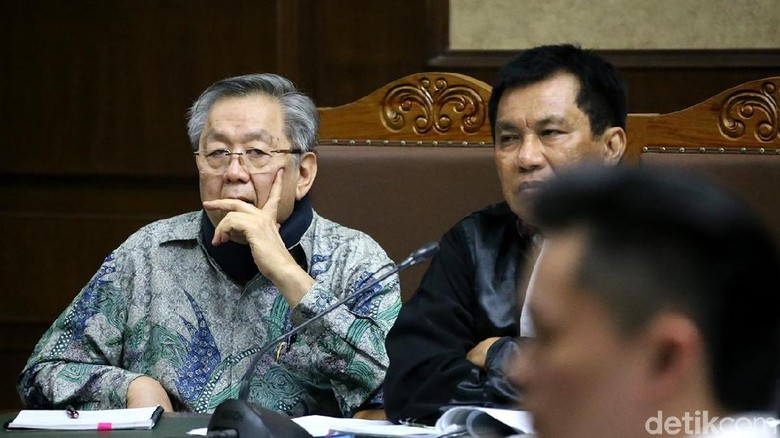 Kasus Korupsi, Edward Soeryadjaya Dituntut 18 Tahun Bui