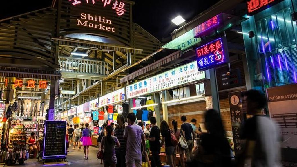 Jalan-jalan Sambil Jajan Enak di 7 Pasar Tradisional Terbesar di Dunia