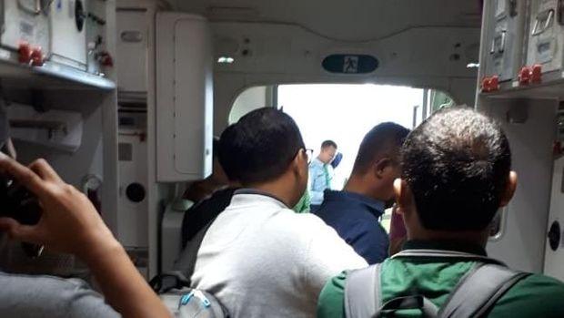 Naik Pesawat Kelas Bisnis, Eh Kursinya Ditempati Orang Lain