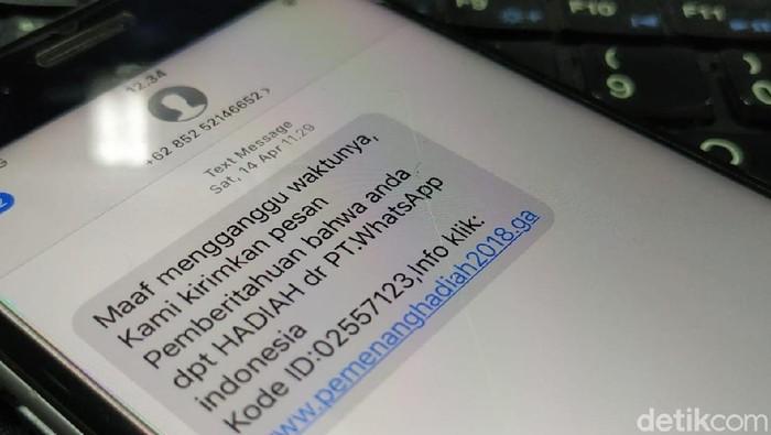 Modus penipuan melalui layanan SMS.