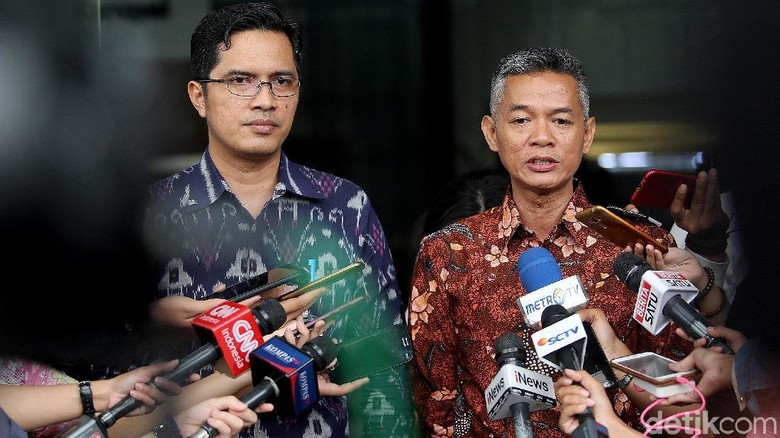 Komisioner KPU ke KPK Bahas Caleg Eks Koruptor hingga Politik Uang