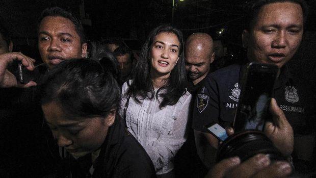 Permohonan Tahanan Kota Ditolak, Polisi: Kondisi Ratna Normal