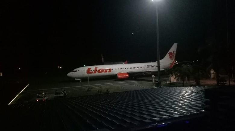 Heboh Lion Air JT 633 Senggol Tiang Lampu Bandara Bengkulu
