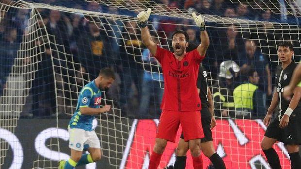 Gianluigi Buffon khawatir PSG gagal meraih juara Liga Champions.