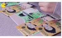 Viral! Vlogger Korea Ini Mukbang Makan 'Uang' Kertas