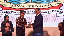 Top 10 Pengelolaan Pengaduan, Jateng Raih Piala Anggakara Birawa