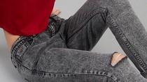 Jeans Mango Hingga Levis Diskon 70%, Harga Mulai dari Rp 198 Ribu