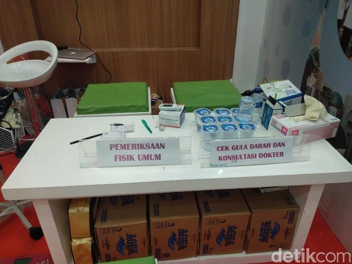 Bukan hanya pemeriksaan, kamu juga bisa konsultasi dengan dokter. Foto: Widiya Wiyanti/detikHealth