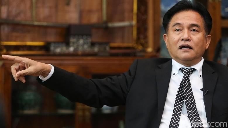 Yusril Jelaskan Alasan Terima Pinangan Jadi Pengacara Jokowi