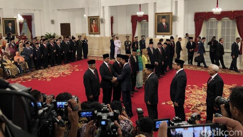 Jokowi Anugerahi Gelar Pahlawan Nasional ke 6 Tokoh