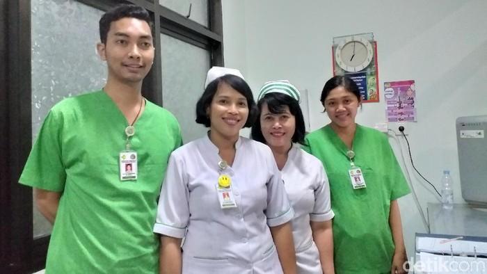 Para perawat di ruang isolasi RS Sanglah Denpasar (Foto: Khadijah Nur Azizah/detikHealth)