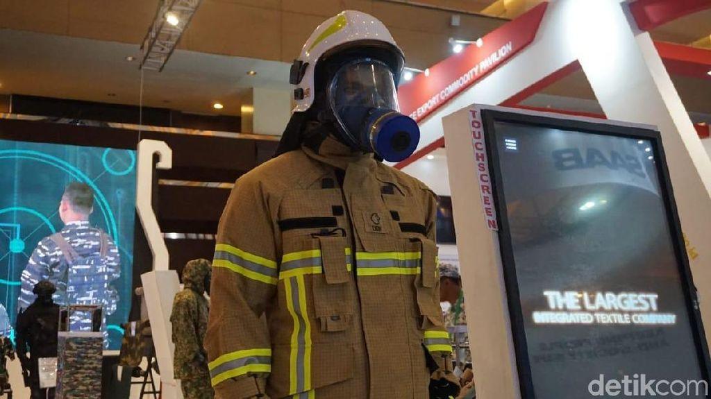 Sritex Bikin Baju Pemadam Kebakaran Pakai Teknologi Astronout