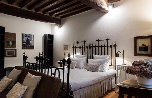 Terakhir ada AL Battistero dOro, sebuah penginapan di Kota Parma, Italia yang bisa diinapi traveler secara gratis. Asalkan traveler membantu pihak hotel untuk membuat video promosi hotel ini. (dok. Barter Week)