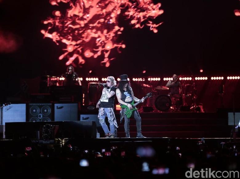 Guns N Roses Bawa Belantara ke Jakarta