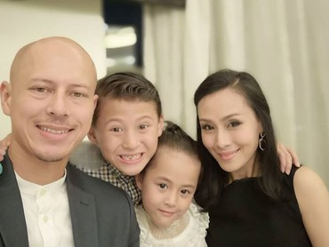 Bagi Bunda yang lahir di tahun 90-an, pasti tahu deh sinetron Gerhana yang hits di akhir 90-an dan awal tahun 2000-an. Kini, pemeran utamanya, Pierre Roland tinggal di Macau bersama keluarga tercinta. (Foto: Instagram/ @pierrerolandc)