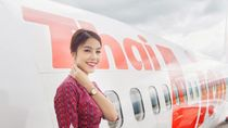 Liburannya Mantan Miss Thailand yang Kini Jadi Pramugari Lion Air