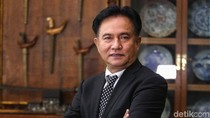 Prabowo Minta Jadi Presiden ke MK, Yusril Tertawa