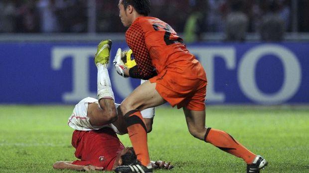 Timnas Indonesia dan Malaysia bertemu pada laga final Piala AFF 2010.