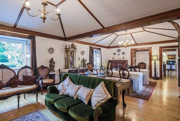 Traveler bisa menginap gratis di Quinta da Cancela Country House yang dibangun sejak tahun 1720 di Kota Braga, Portugal. Asalkan traveler mau membantu merapikan taman dan kebun di hotel tersebut. (dok. Barter Week)