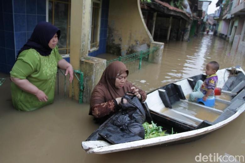 Ridwan Kamil Ingatkan Ketua RT dan RW Waspada Bencana Alam