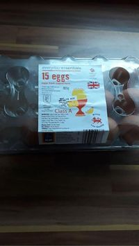 Kaget! Wanita Ini Temukan Bentuk Mirip 'Tali Pusar' dalam Telur