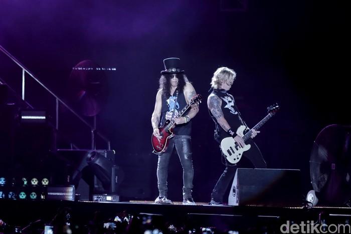 Konser Guns N Roses di GBK.