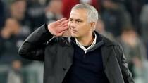 Sindir Liverpool, Mourinho: Trofi-Trofi Penting Lho