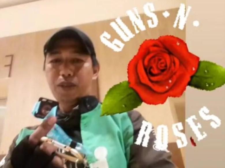Driver Ojek Online Fans GNR Rela Nabung untuk Beli Tiket Konser
