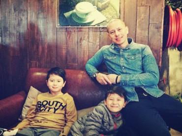 Boy squad-nya kelarga Pierre Roland nih, Bun. Hi-hi-hi. (Foto: Instagram/ @pierrerolandc)
