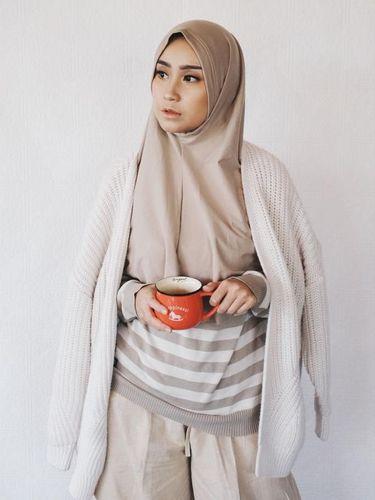Simak 3 Hal Ini Sebelum Beli Hijab Instan Agar Tidak Menyesal