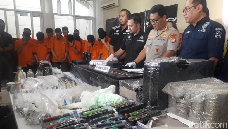 Polisi Bongkar Sindikat Liquid Vape Ekstasi Reborn Cartel