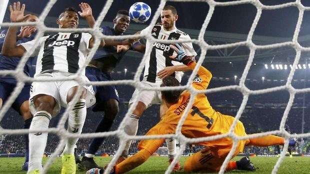 Manchester United berhasil menang 2-1 atas Juventus di akhir pertandingan.