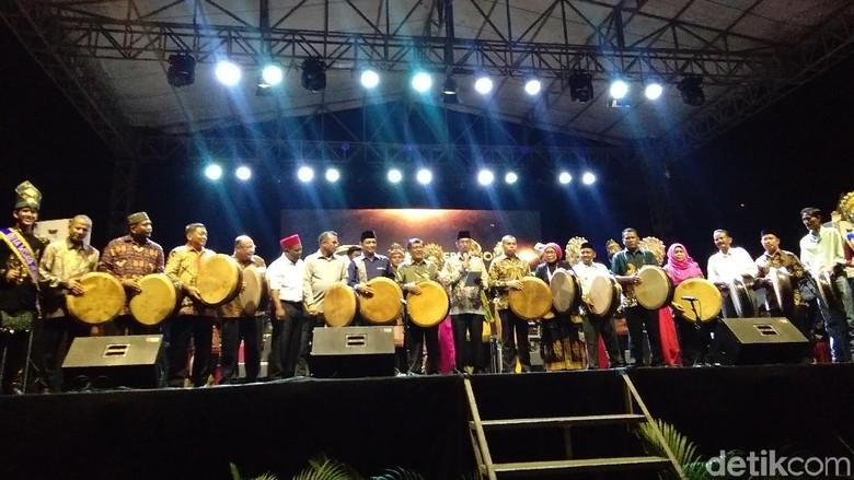 Foto: Aceh Internasional Rapai Festival (ACIRAF) (Datuk Haris Molana/detikTravel)
