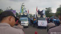 UMK di Serang Rp 3,5 Juta, Massa Buruh Demo Minta Kenaikan