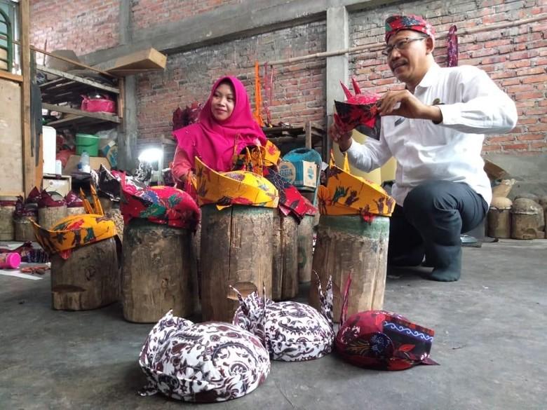 Kisah Sukses Pengrajin Blangkon Pacul Gowang yang Harumkan Sidoarjo