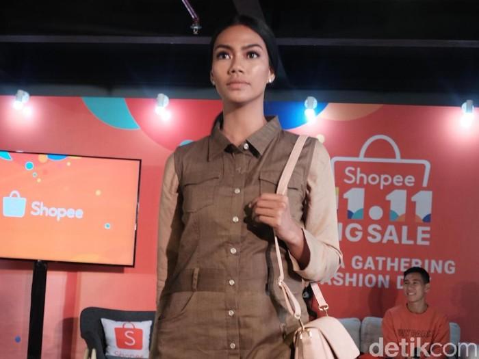 Tiga fashion item yang paling dicari wanita saat belanja online. Foto: Silmia Putri/Wolipop
