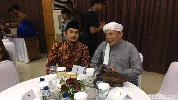 Wiranto Ngopi Bareng Al Khaththath hingga Yusuf Mansur