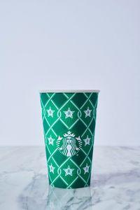 4 Desain Terbaru Red Cup Meriahkan Musim Liburan Tahun Ini