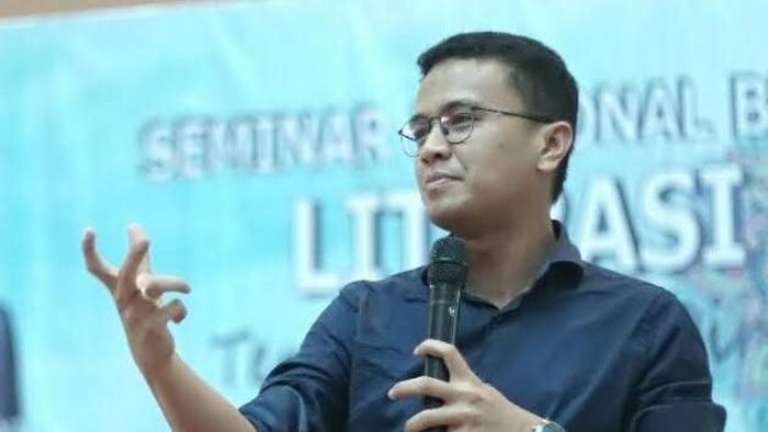 Juru Bicara BPN Prabowo-Sandi, Faldo Maldini membalas serangan Menko Kemaritiman Luhut Pandjaitan terkait data. (Foto: dok. Facebook)