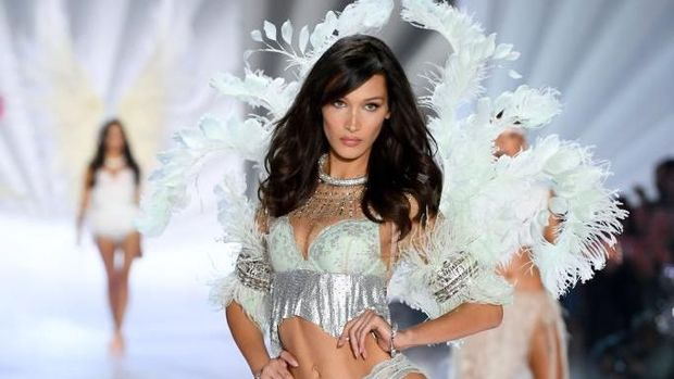NEW YORK, NY - NOVEMBER 08:  Bella Hadid walks the runway during the 2018 Victoria's Secret Fashion Show at Pier 94 on November 8, 2018 in New York City.  (Photo by Dimitrios Kambouris/Getty Images for Victoria's Secret)
