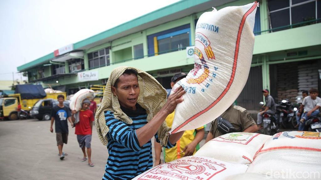 Stabilkan Harga, Kementan Jual Murah Beras di Pasar hingga Kampung