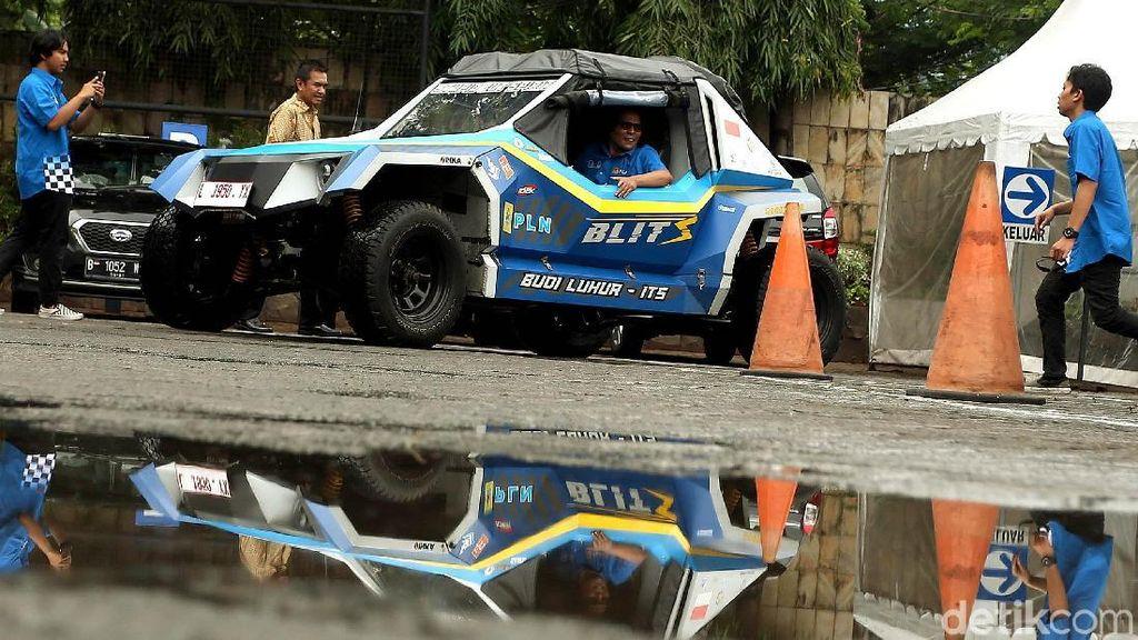 Mobil Listrik ITS BLITS Singgah di Jakarta