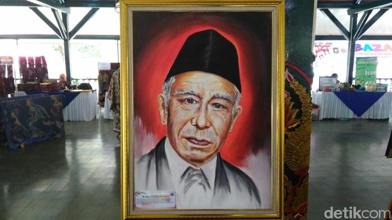 Dulu Dibui karena Pidato PRRI, Kasman Singodimedjo Kini Pahlawan