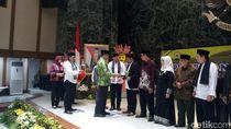 Lepas 267 Marbut Se-DKI Umrah, Anies: Pelajari Pengelolaan Masjid