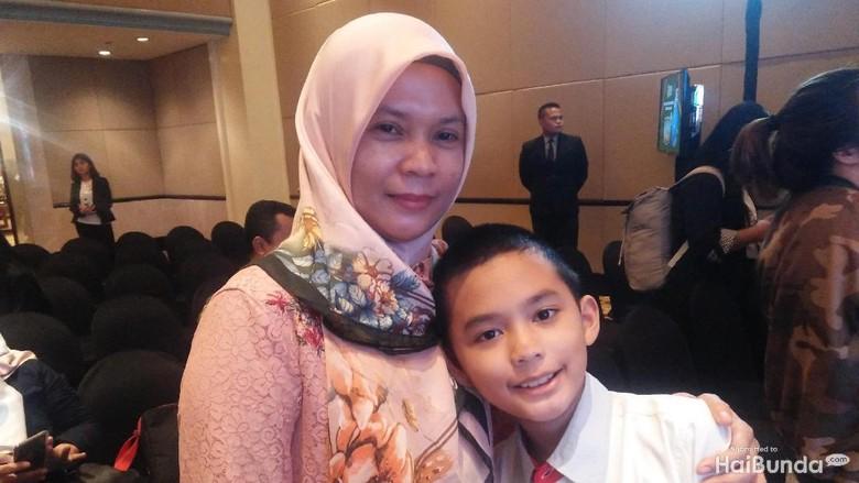 Farhan, bocah 11 tahun yang jago matematika/ Foto: Siti Hafadzoh