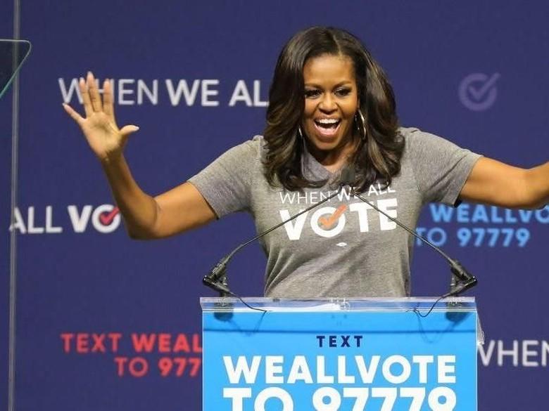 Becoming Karangan Michelle Obama Jadi Buku Terlaris di Inggris