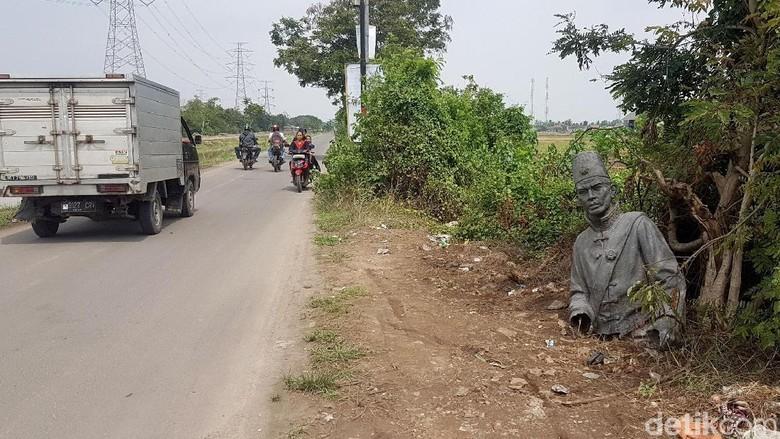 Miris, Patung Pahlawan Sultan Ageng Tirtayasa Terlantar di Jalanan