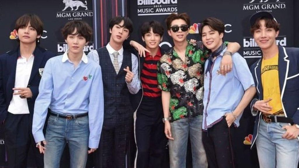TV Jepang Batalkan Penampilan Grup K-Pop BTS karena Kaus Bom Atom